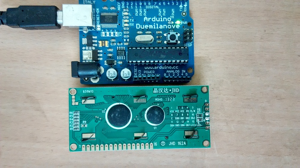 Drive LCD display with arduino - theoryCIRCUIT - Do It Yourself
